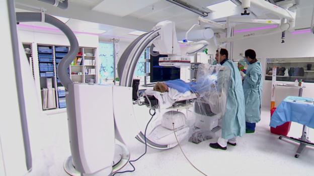 Video «Herzzentren wetteifern um Patienten» abspielen