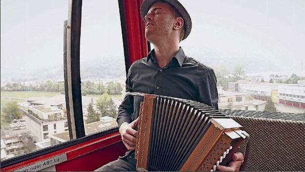 Video «Aron's Souly Folk» abspielen