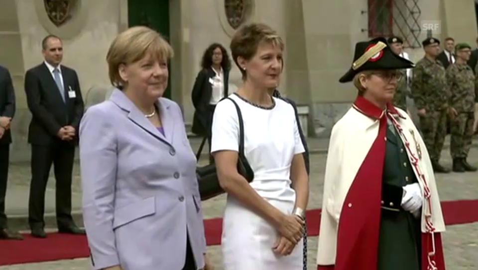 Angela Merkel wird in Bern empfangen