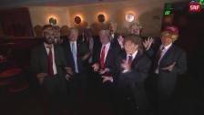 Link öffnet eine Lightbox. Video Wettbewerb der Trump-Imitatoren abspielen