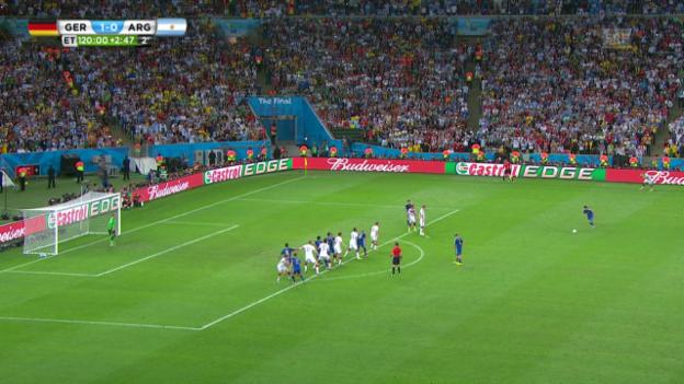 Video «Deutschland - Argentinien: Freistoss Messi Verlängerung» abspielen