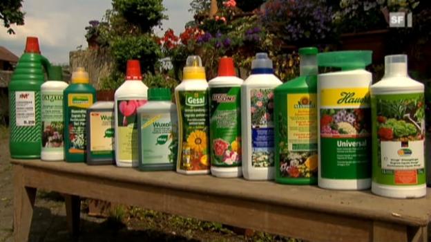 Video «Gartendünger im Test: Damit blühen Pflanzen auf» abspielen
