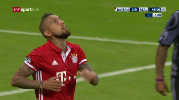 Video «Vidal scheitert vom Elfmeterpunkt» abspielen