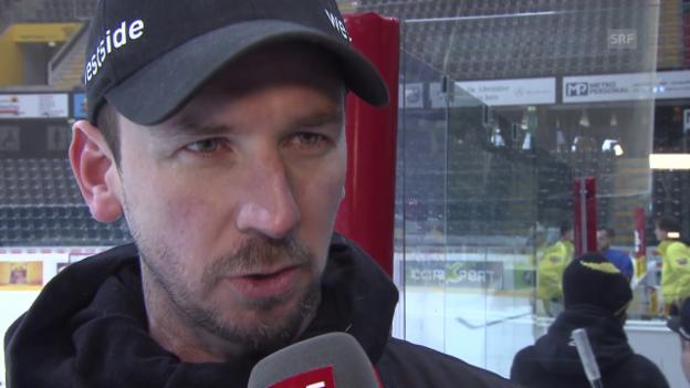Video «Interview mit SCB-Coach Lars Leuenberger vor dem Playoff-Halbfinal-Start gegen Davos» abspielen