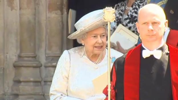 Video «Bescheidene Krönungsjubiläumsfeier der Queen Elisabeth» abspielen