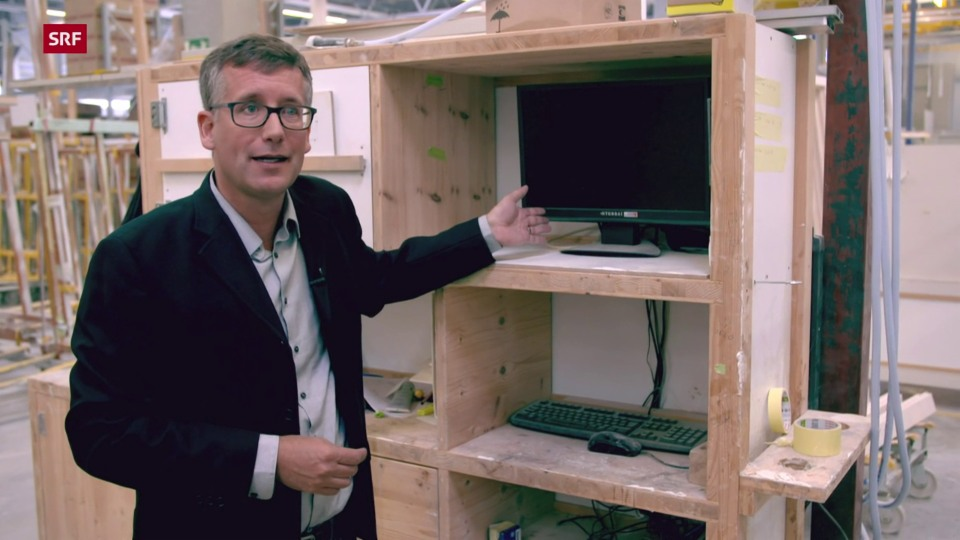 Adrian Schlumpf, Geschäftsleitung Smartwindows: «So hat es ausgesehen in unserer Produktion: alles schwarze Bildschirme. Nichts ging mehr.»