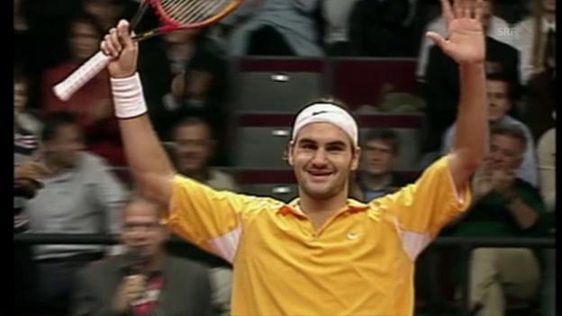 Video «Nach diesem Sieg in Wien am 13. Oktober kehrte Federer nach 3 Monaten in die Top 10 zurück» abspielen