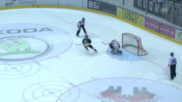 Video «Eishockey: Michael Tobler im Einsatz beim EVZ (Saison 2013/14)» abspielen