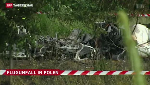 Video «Flugzeug-Unglück in Polen» abspielen