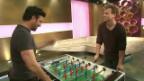 Video «Gustav: Der EM-Song-Komponist im Töggeliduell» abspielen
