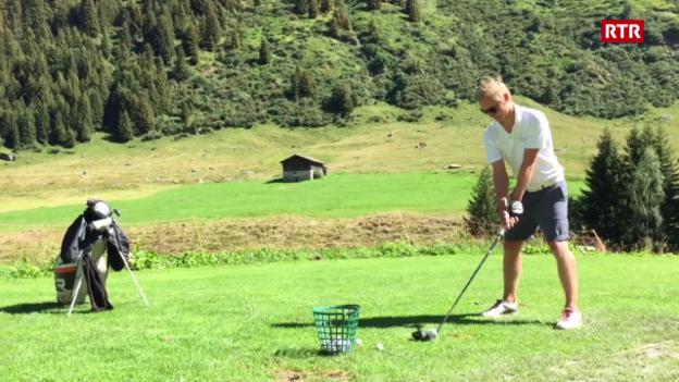 Laschar ir video «Frederic Cathomas sin la plazza da golf a Selva»