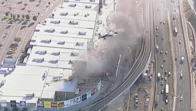 Video «Flugzeugabsturz in Melbourne» abspielen