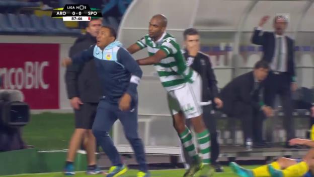 Video «Fussball: Portugal, Arouca - Sporting L. Trainer Vidigal hebt ab» abspielen