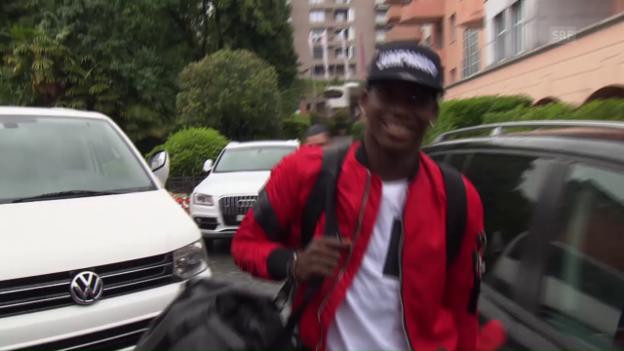 Video «Breel Embolos Ankunft in Lugano» abspielen