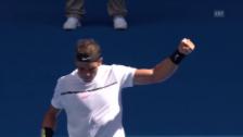 Video «Nadal setzt sich zum Auftakt gegen Mayer durch» abspielen