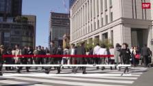 Link öffnet eine Lightbox. Video «Japaner, arbeitet nicht so viel!» abspielen