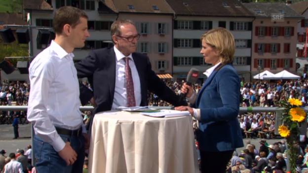 Video «Fredo Landolt, Landratspräsident CVP/GL, und Hans-Peter Schaub, Politikwissenschaftler» abspielen