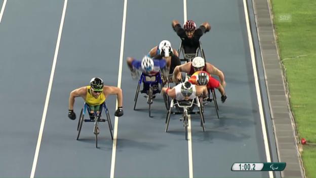 Video «Hug im Vorlauf über 1500 m souverän» abspielen