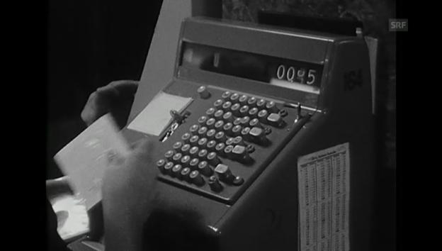Video «Vorweihnachtliche Szenen aus einem Warenhaus (1965)» abspielen