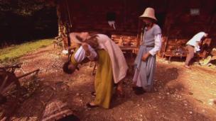 Video «Die erste Woche «im Schatten der Burg»» abspielen