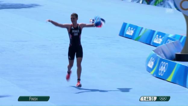 Video «Brownlee läuft zum Triathlon-Sieg» abspielen