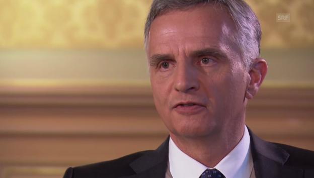 Video «Das Jahr 2014 in Stichworten mit Bundespräsident Burkhalter» abspielen
