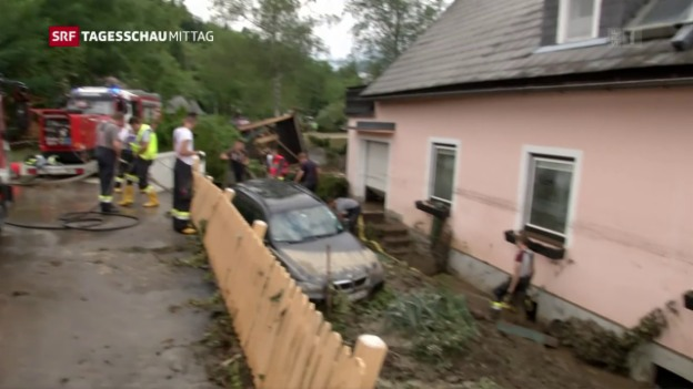Video «Unwetter in Österreich» abspielen
