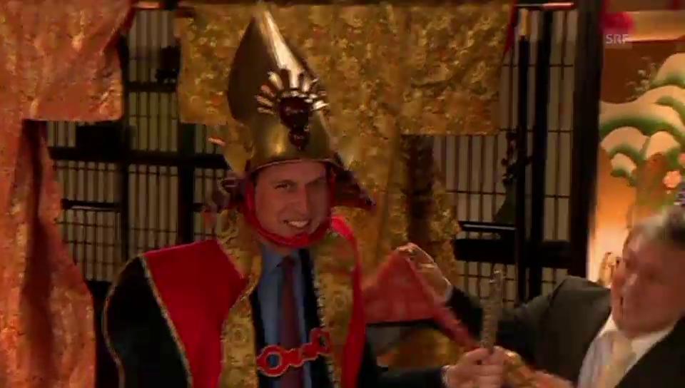 Prinz William wird als Samurai verkleidet