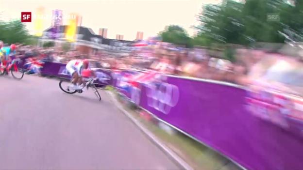 Video «London 2012: Cancellaras folgenschwerer Sturz» abspielen