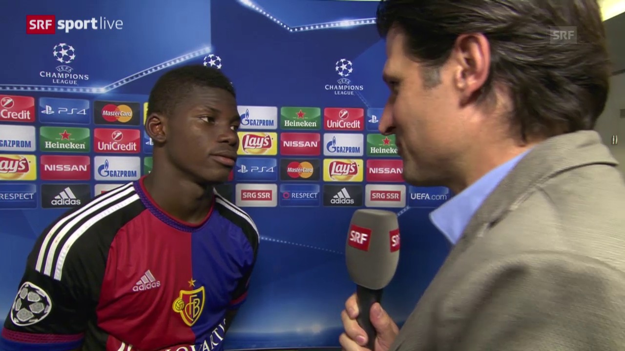Fussball: Basel-Maccabi, Interview Embolo