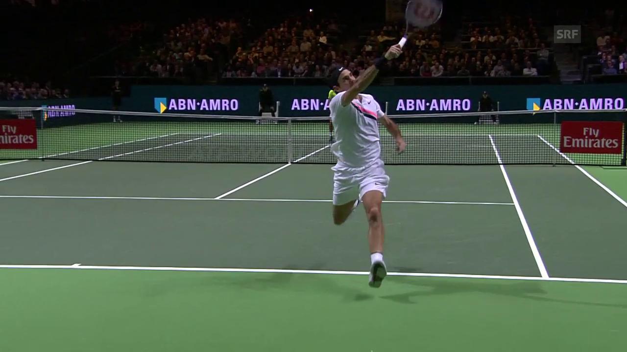 Federer zaubert in der Defensive