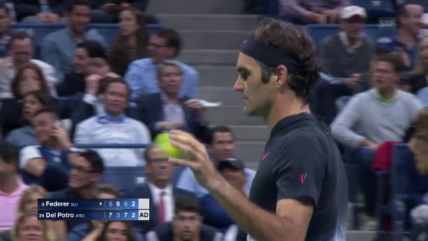 Video «Diesen Smash versenkt Federer normalerweise» abspielen