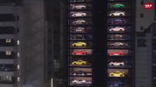 Link öffnet eine Lightbox. Video Luxusautos im Glasturm abspielen