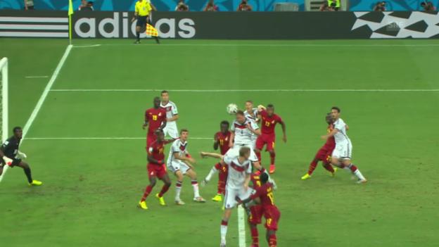 Video «FIFA WM 2014: Höwedes' Kopfballverlängerung für Klose» abspielen