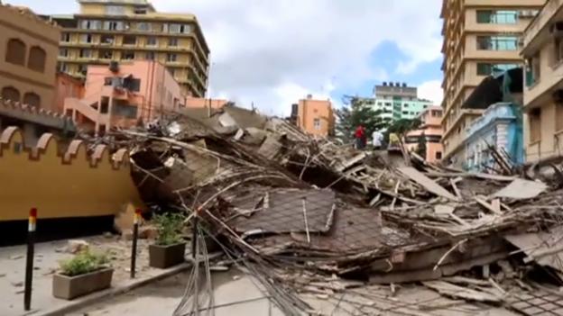 Video «Hauseinsturz in Daressalam» abspielen