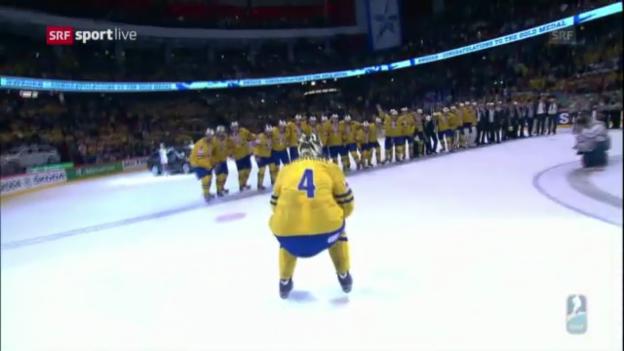 Video «Pokalübergabe an Schweden» abspielen