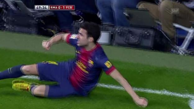Video «Fussball: Fabregas-Tor im spanischen Cup-Halbfinal.» abspielen