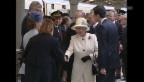 Video «Die Queen bei den Franzosen (unkomm.)» abspielen