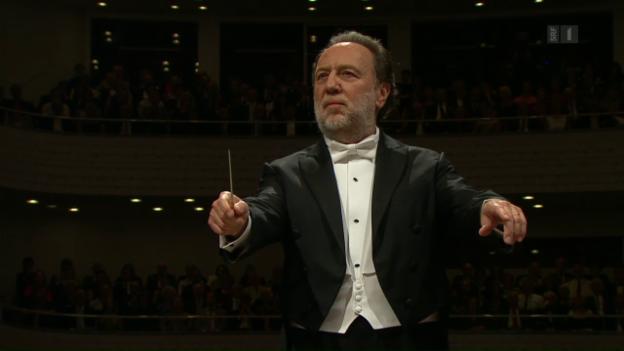 Video «Chaillys wuchtiger Antritt am Lucerne Festival» abspielen