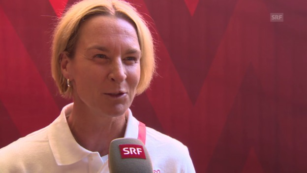 Video «Nati-Trainerin Voss-Tecklenburg im Interview» abspielen