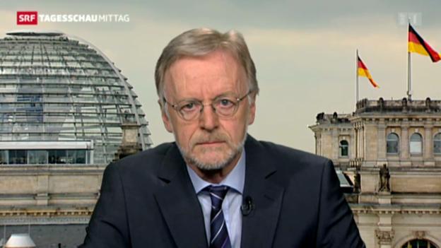 Video «SRF-Korrespondet Casper Selg zu Merkels Äusserungen» abspielen