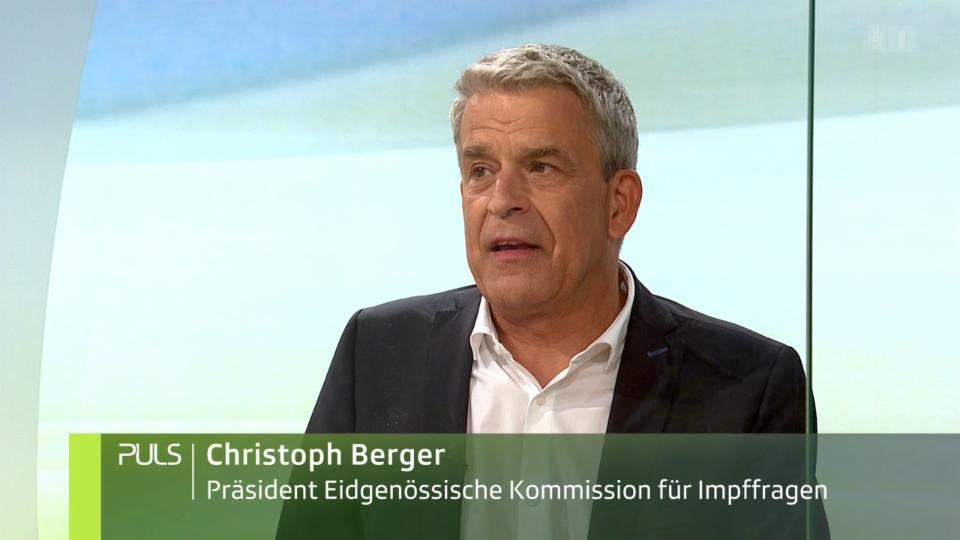 «Wieso wartet die Schweiz noch mit der dritten Impfung?» Studiogespräch mit EKIF-Präsident Christoph Berger