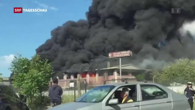 Video «Schwarze Rauchsäule» abspielen