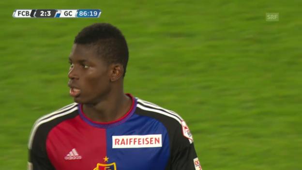 Video «Fussball: Super League, Basel - GC, Fairplay Embolo» abspielen