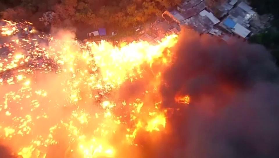 Grossbrand in Favela