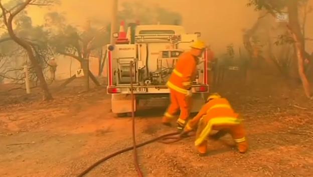Video «Flammeninferno in Süd-Australien (unkommentiert)» abspielen