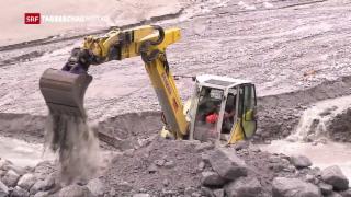 Video «Aufräumarbeiten in Bondo» abspielen
