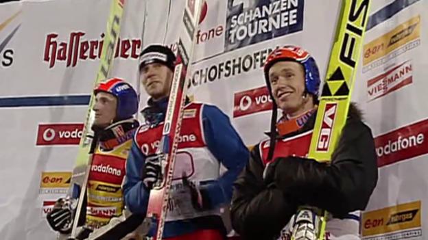 Video «Skispringen: Zwei Sieger an der Tournee 2005/06» abspielen