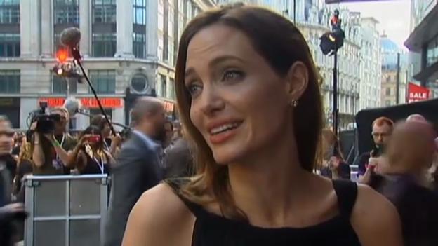 Video «Angelina Jolie spricht über die Brust-Amputation» abspielen