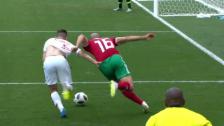 Link öffnet eine Lightbox. Video Portugal setzt sich gegen Marokko knapp durch abspielen